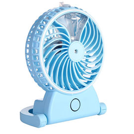 China Portable Mini Portable USB Fan , Small Rechargeable Fan Long Service Time distributor